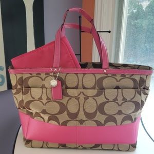 Coach Auth. Signature Baby/Multifunctional Bag